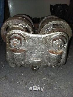 1 Ton Heavy Duty I Beam Trolley. 2000 lb capacity. Good condition