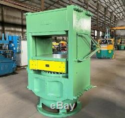 700 Ton Heavy Duty French Oil 36'' X 36'' Hydraulic Molding Platen Press
