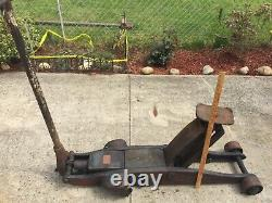 Blackhawk Vintage 6 Ton Extra Heavy Duty Long Arm Hydraulic Jack. In working con