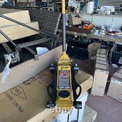 CAT 3 Ton Low Profile Service Jack Built in Foot-Pump Heavy- Duty
