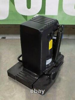 Omega Lift Heavy Duty Hydraulic Toe Jack 6 Ton Capacity 13120