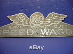 Vintage 1925-1928 REO Truck Heavy Duty Speedwagon Radiator Emblem Badge CT29